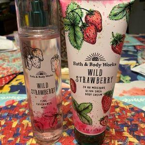 Wild strawberry leaf set